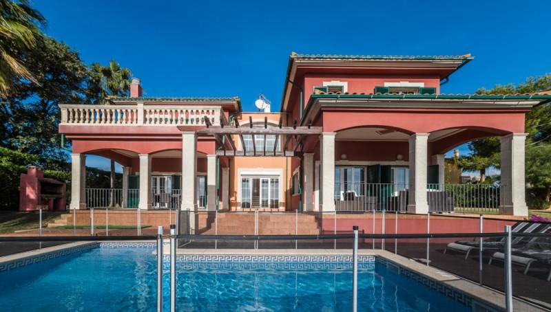 Mediterrane Villa in Cala Viñas