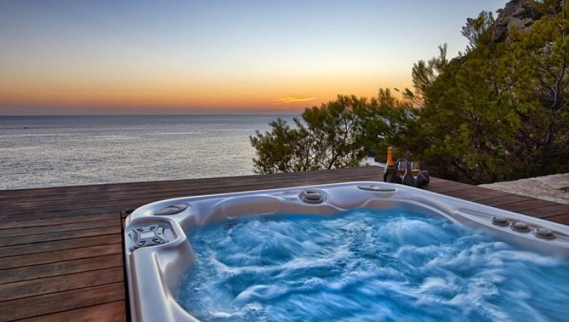 Meerblick-Villa in Puerto Andratx mit Meerzugang