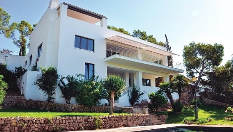 Moderne Meerblick-Villa in Costa d'en Blanes - Außenansicht