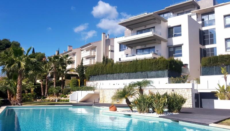 Neubauwohnung mit Meerblick in Palma - Bonanova