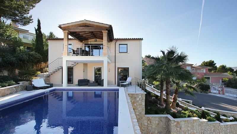 Neuwertige Meerblick Villa in Santa Ponsa