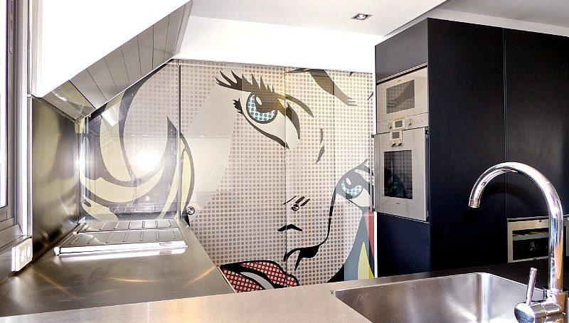 Gaggenau Küche mit verschiebbarer Glasfront