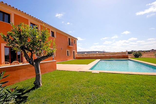 Sehr schöne und große Finca auf Mallorca in Campos