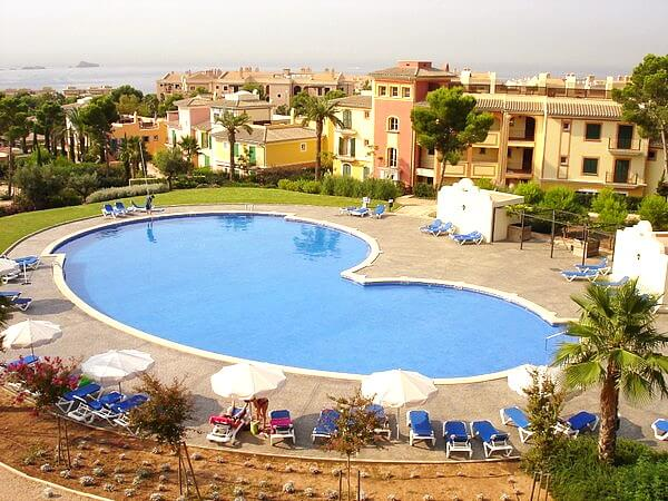 Apartment mit Garten in Las Adelfas Santa Ponsa zur Langzeitmiete