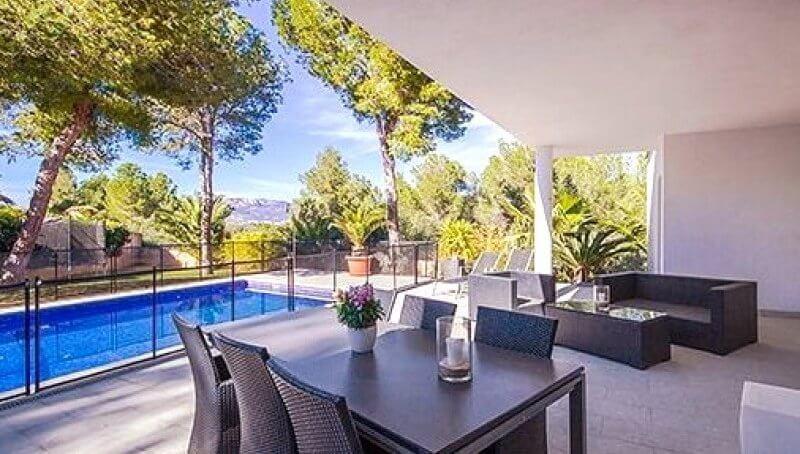 Ruhig gelegene und große Villa in Santa Ponsa auf Mallorca