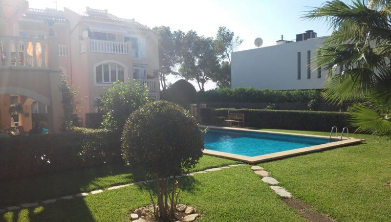 Tolles Apartment in zweiter Meereslinie in Santa Ponsa