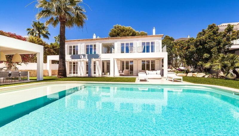 Neu erbaute Design-Villa mit Südausrichtung in Bendinat